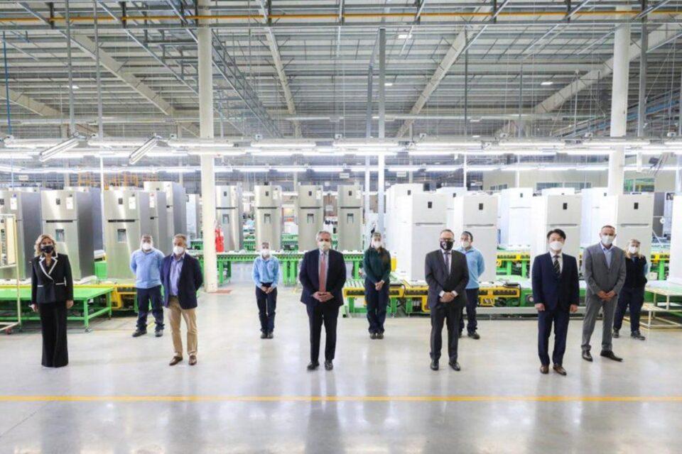 Lanzan una línea de créditos destinados a la compra de electrodomésticos de producción nacional