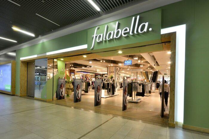 Falabella anunció que cierra cuatro tiendas y busca socio para hacer más rentable las operaciones en Argentina