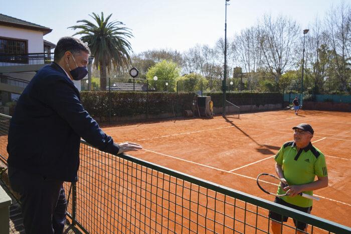 Jorge Macri supervisó la implementación de protocolos en deportes individuales