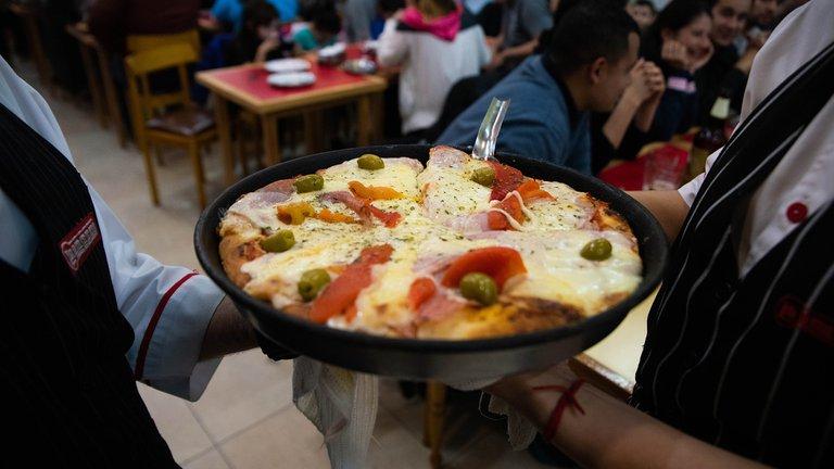 Se viene la Noche de la Pizza y La Empanada: sólo se podrá hacer take away o pedir delivery
