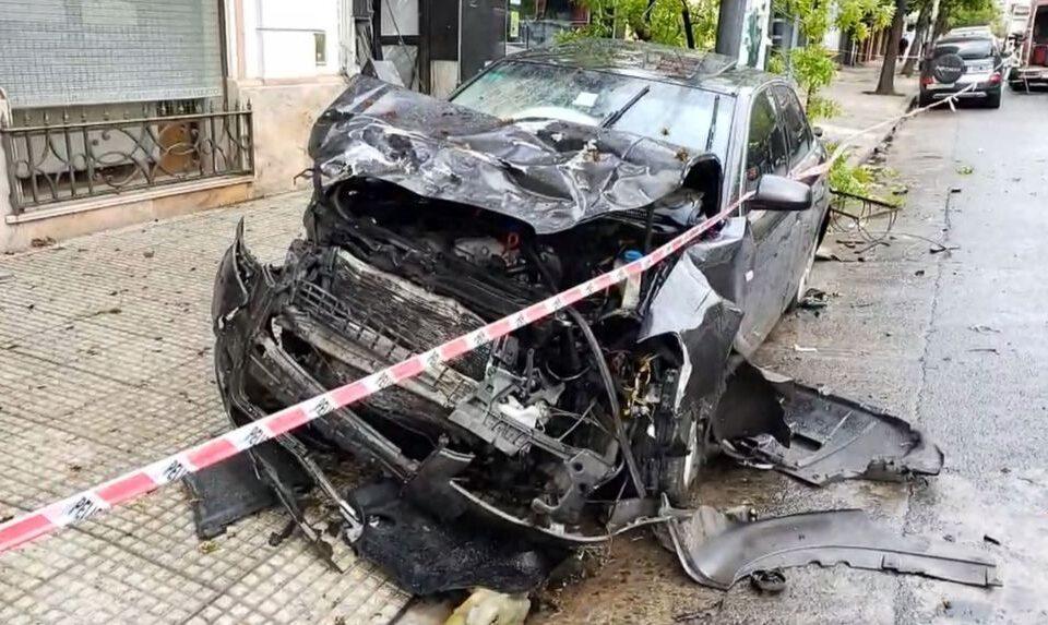 Impactante choque en Caballito: pasó un semáforo en rojo a toda velocidad y mató a otro conductor
