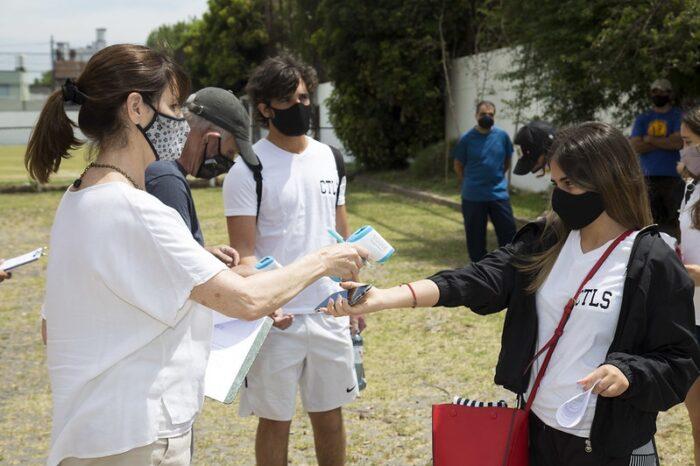 Empezaron las clases de revinculación en la mitad de los colegios de San Isidro