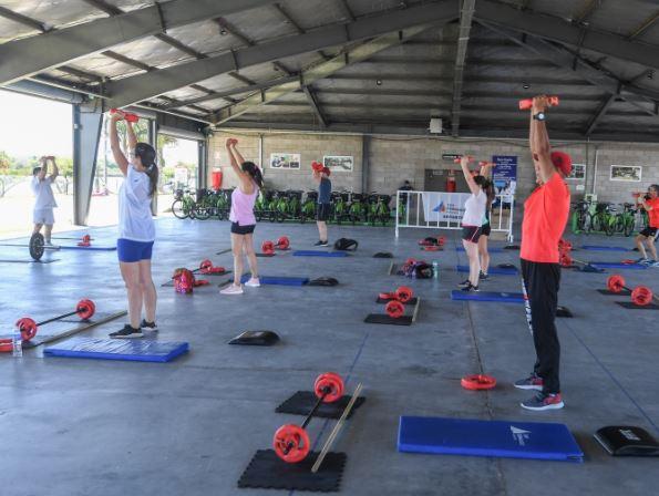 Arrancaron las clases abiertas de fitness en el Parque Náutico de San Fernando