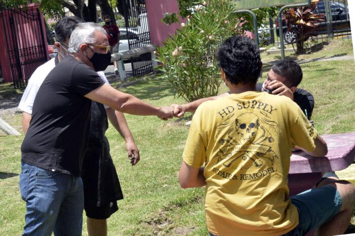 Julio Zamora participó de una olla popular en General Pacheco