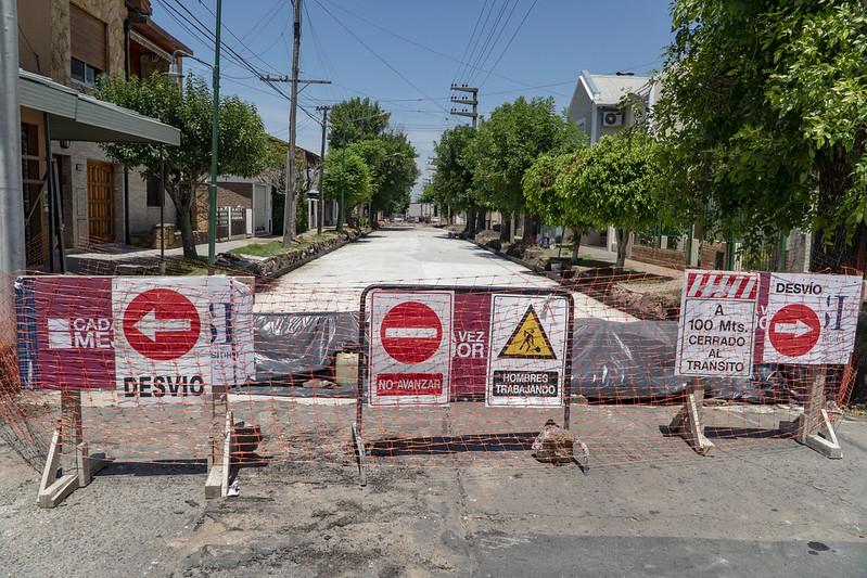 Continúan las obras de repavimentación en calles de Boulogne y Villa Adelina