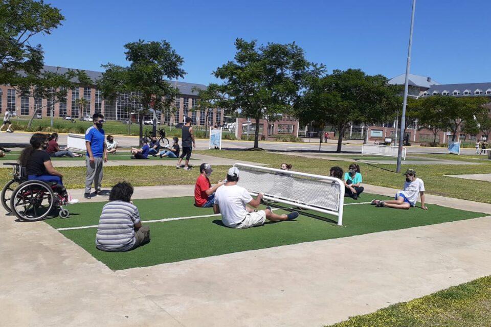 Actividades adaptadas, a orillas del río en Vicente López