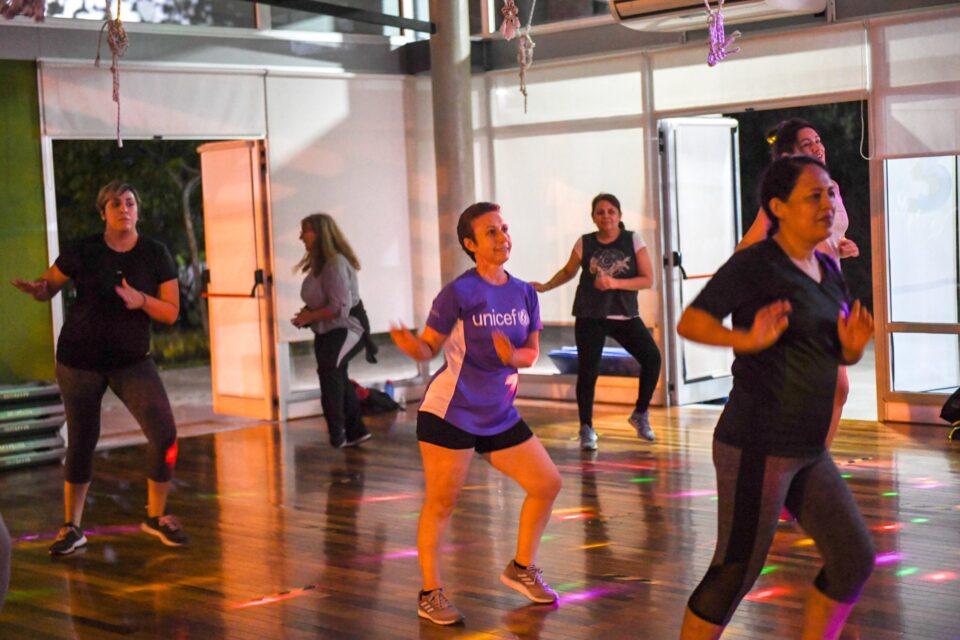 Con todos los cuidados, Gran concurrencia para las clases fitness del Polideportivo N°10 de San Fernando
