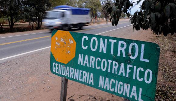 Derogación del decreto 70 (o cómo facilitar el arribo del narcotráfico al país)