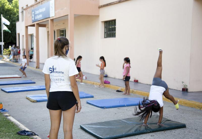 Gimnasia artística suma adeptos en San Isidro