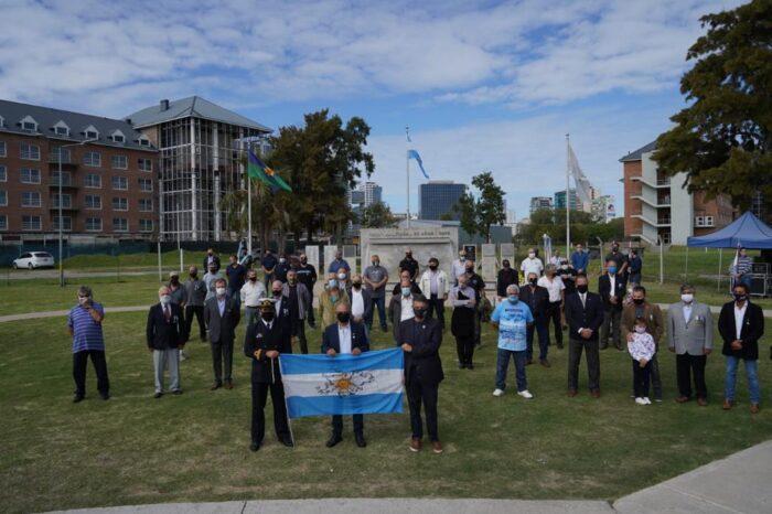 Con 25 ex combatientes presentes, conmemoraron en el Paseo de la Costa la gesta heroica de Malvinas