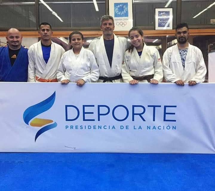 Entrenador de judo de Vicente López se prepara para las Sordolimpíadas