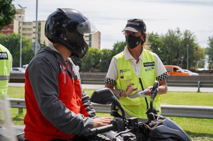 Avanza el control vehicular de motos y vehículos en Vicente López