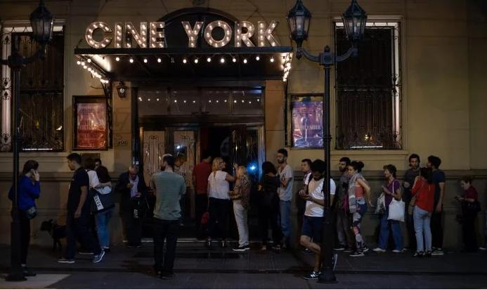 Vuelven las funciones presenciales en el  Cine Teatro York