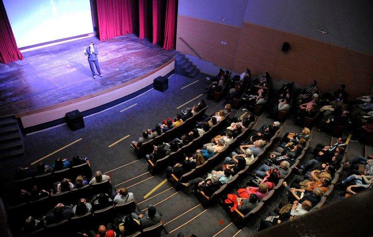Se renueva la cartelera de espectáculos en el Teatro Municipal Pepe Soriano