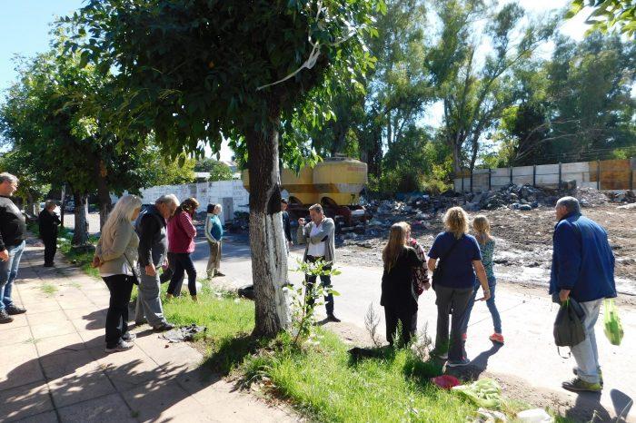 La Tablada: Buscan hacer un corredor saludable para erradicar un basural
