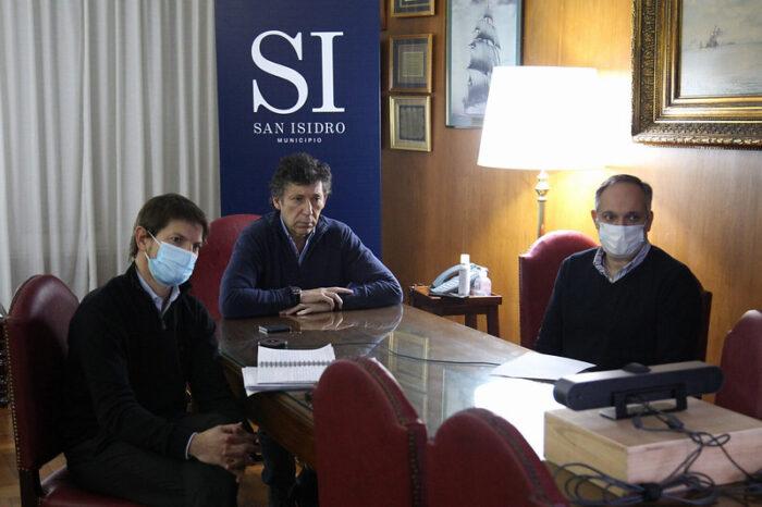 Gustavo Posse dialogó con los vecinos de San Isidro sobre la situación de los amparos judiciales por la presencialidad en las aulas