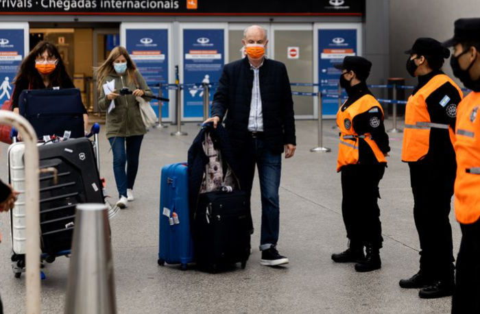 Siguen las mismas restricciones y se mantiene el cupo diario de argentinos que podrán volver al país