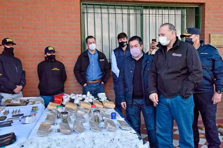 Secuestran más de 230 kilos de drogas en allanamientos en Malvinas Argentina y San Isidro