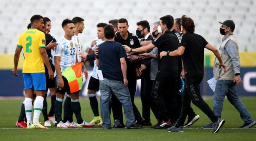 Escándalo histórico con Argentina en Brasil: quisieron sacar jugadores y se suspendió el partido